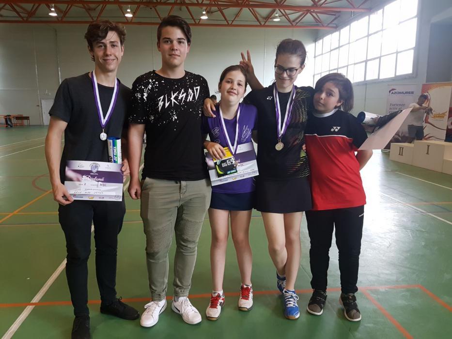 BADMINTON - Medalii la Cupa Tg. Mures