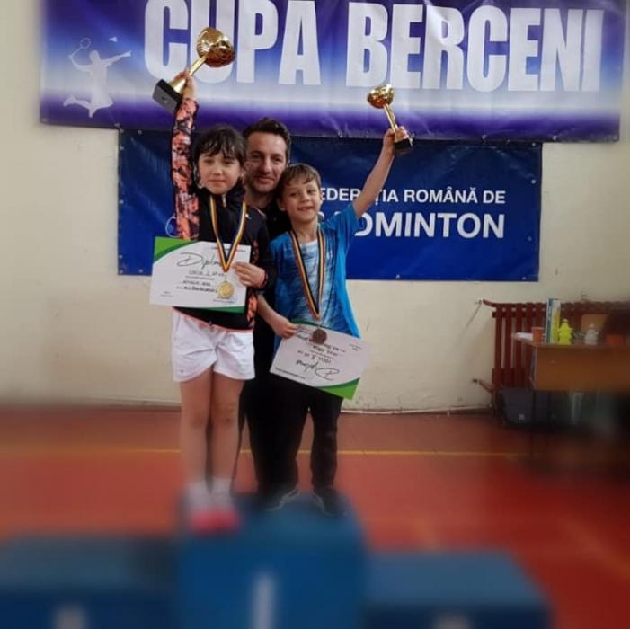 Rezultate excelente pentru micutii sportivi de la sectia de badminton.