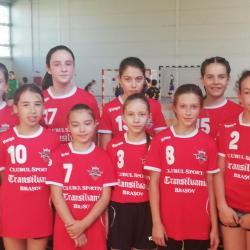 Handbal Jr.V-Fem: Calificare in Turneul Semifinal