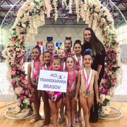 Prestații foarte bune la Cupa Ghimbav pentru micuțele gimnaste