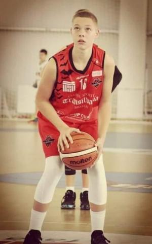 Luca Iles - MVP Baschet